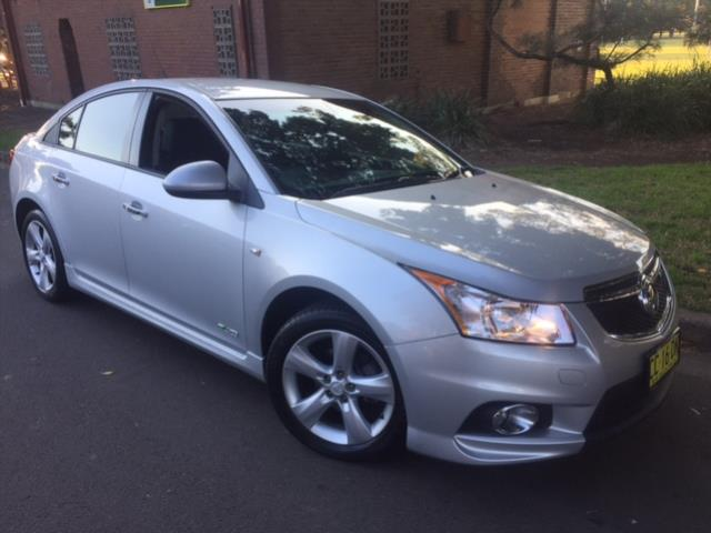 Vehicle 2011 Holden Cruze
