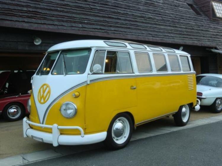 3361abbd88 1957 Volkswagen Kombi MICROBUS 23 window Samba Samba